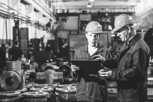 Real-time data-driven maintenance logistics